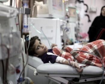 تأخر التحويلات الطبية يهدد حياة العشرات من الأطفال المرضي