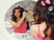 بالخطوات   طريقة استخدام لفافات الشعر