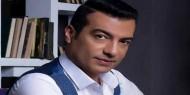 """إيهاب توفيق يروج لكليبه الغنائي """"باشا"""""""
