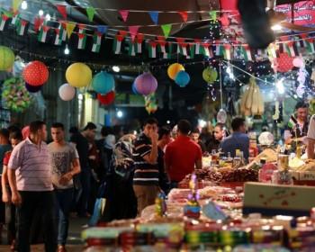 استعدادات خجولة في غزة لشهر رمضان