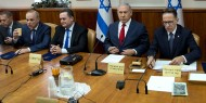 نتنياهو يقترح مناوبة ثلاثية لرئاسة الحكومة