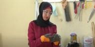 """خاص بالصور والفيديو   """"زرقشات"""".. فتاة غزية تصنع منتجات صديقة للبيئة من مخلفات المناجر"""